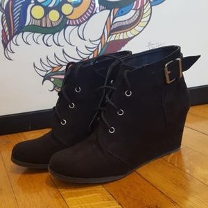 Black Wedge Booties Just Fab Size 8